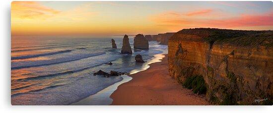 Late Sunset - 12 Apostles by Adam Gormley