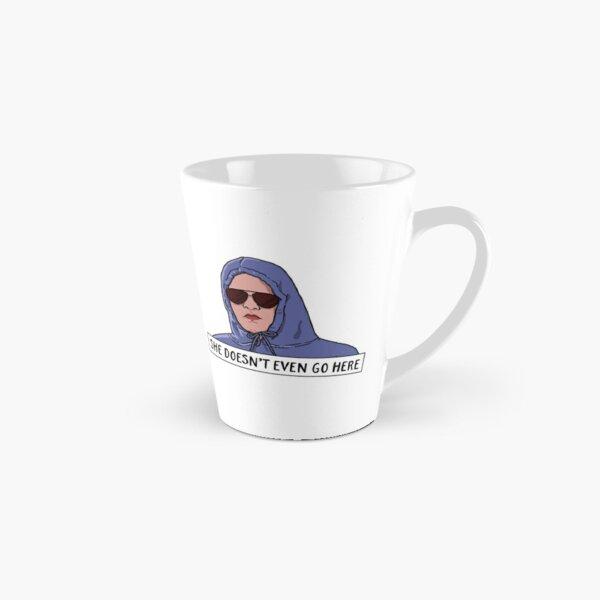 ELLE N'ALLA PAS MÊME ICI Mug long
