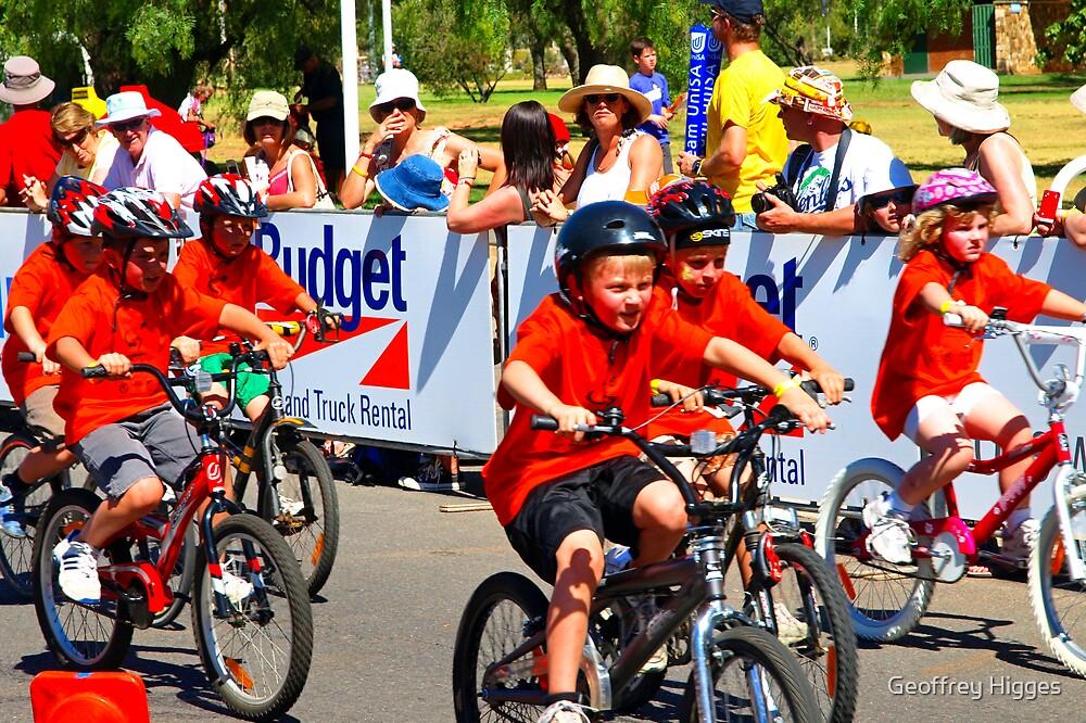 Tour Down Under - Junior Race by Geoffrey Higges