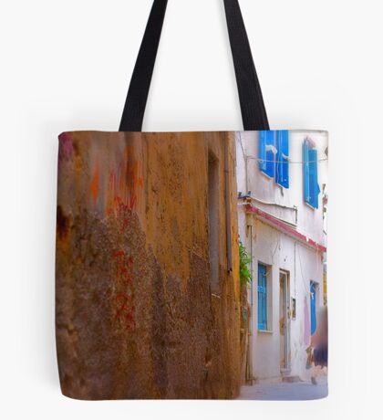 My impressionistic fleeting moment of time . by  Doktor Faustus. 3 favoritings 93 views . I'm feeling so good ! Yeah ! Tote Bag