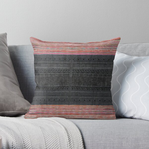Traditional Oriental Moroccan Style Artwork Throw Pillow