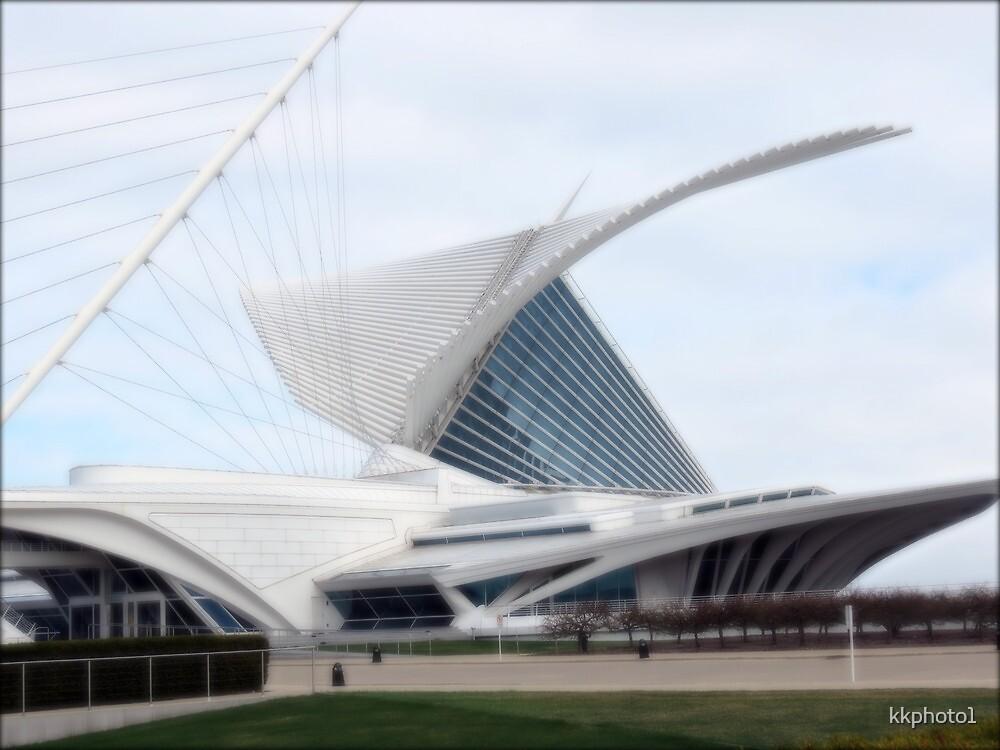 Quadracci Pavilion (The Milwaukee Art Museum) by kkphoto1
