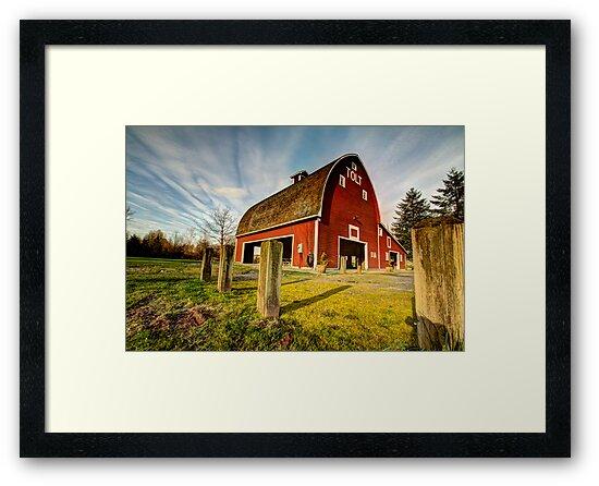 Tolt-MacDonald Barn by Dale Lockwood