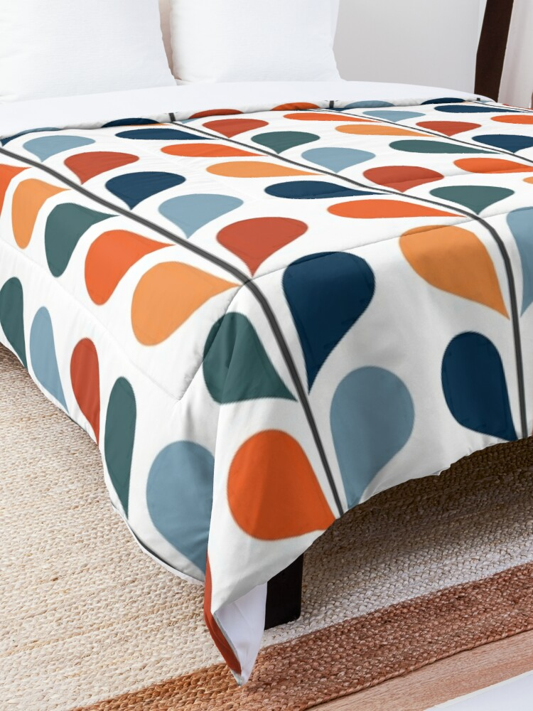 Alternate view of Retro style leaves pattern Comforter