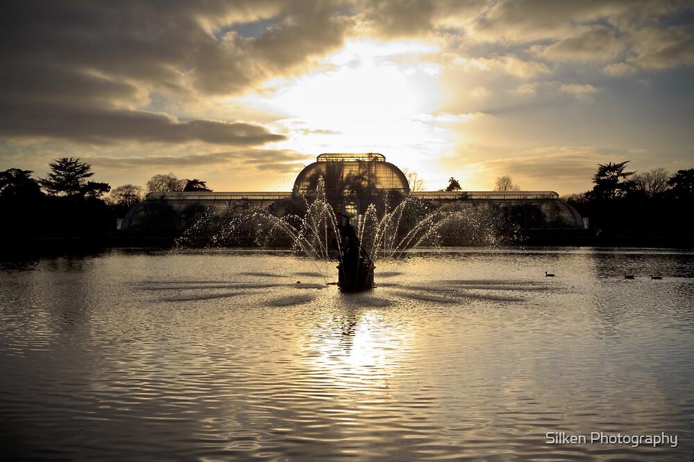 Fountain at Kew Gardens by Silken Photography