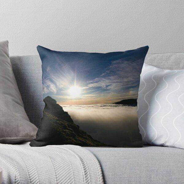 Sun Descending, Sgurr Choinnich Mor Throw Pillow