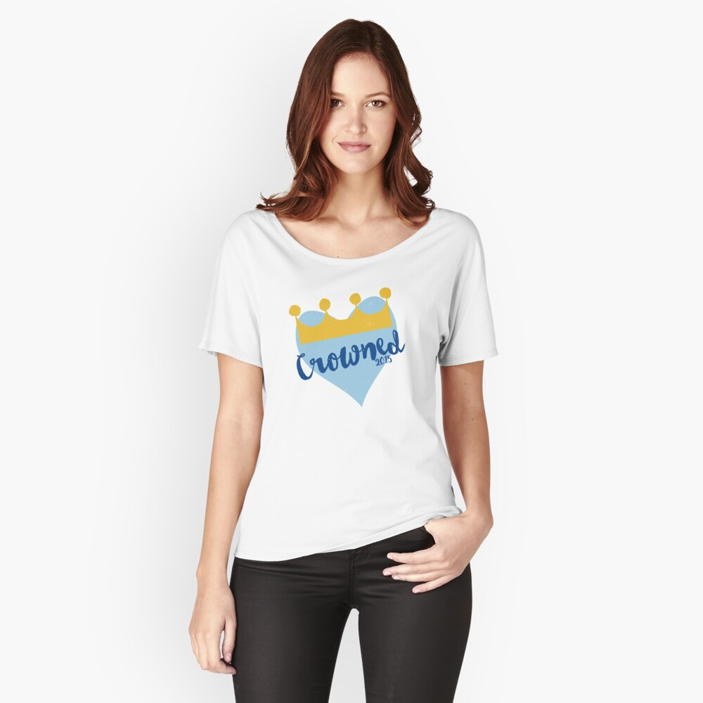 Crowned 2015 Women's Relaxed Fit T-Shirt Front