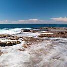 Dee Why Point by Richard  Windeyer