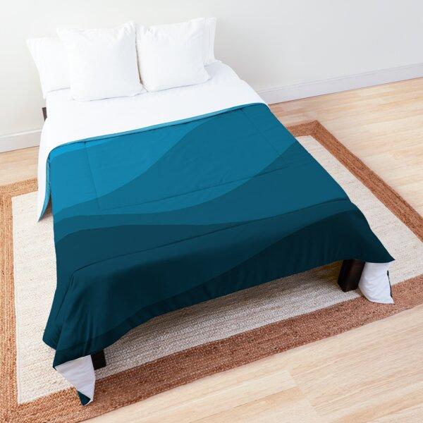 Blue wavy ocean Comforter