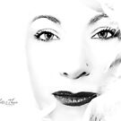 WHITE by Nicoletté Thain Photography