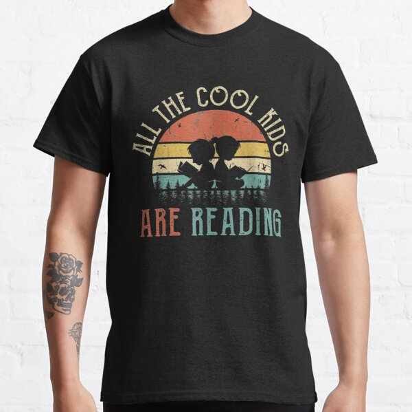 All the Cool Kids are Reading Book Vintage Reto Sunset Classic T-Shirt