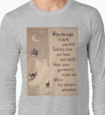 The Ghost & The Pumpkin (Vintage Halloween Card) Long Sleeve T-Shirt