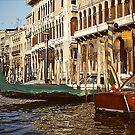 Gondola in pyjama - Venice by Gilberte