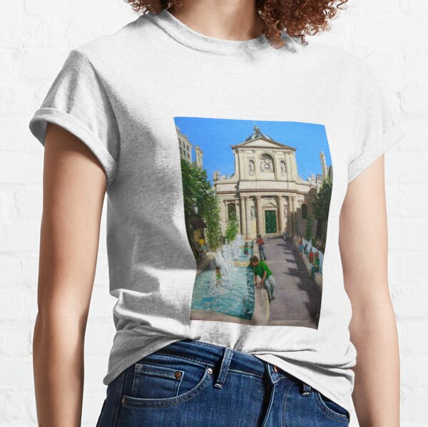 La Sorbonne, Paris France, on a very hot day Classic T-Shirt