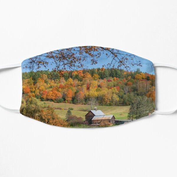 Schläfriges hohles Bauernhof-Vermont-Panorama Flache Maske