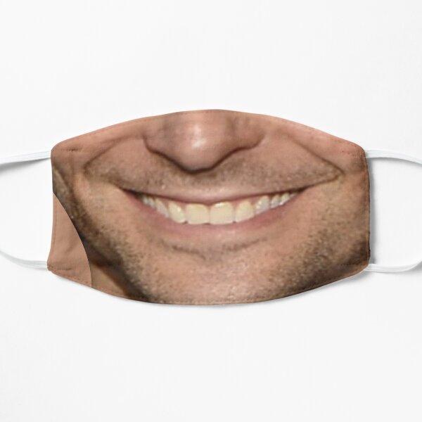 Hombre riendo Mascarilla