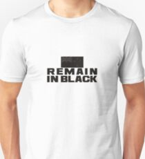 remain in black T-Shirt