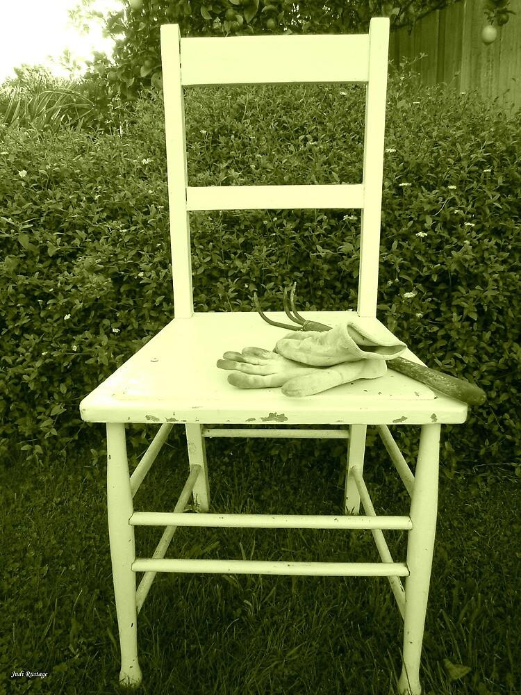 Jardin Chaise by Judi Rustage