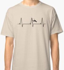 Skiing Downhill heartbeat Classic T-Shirt