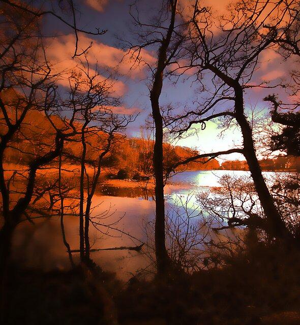 BEAUTIFUL LAKE by leonie7
