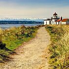 Discovery Park Lighthouse by Tracy Friesen