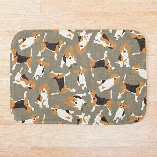beagle scatter stone Bath Mat