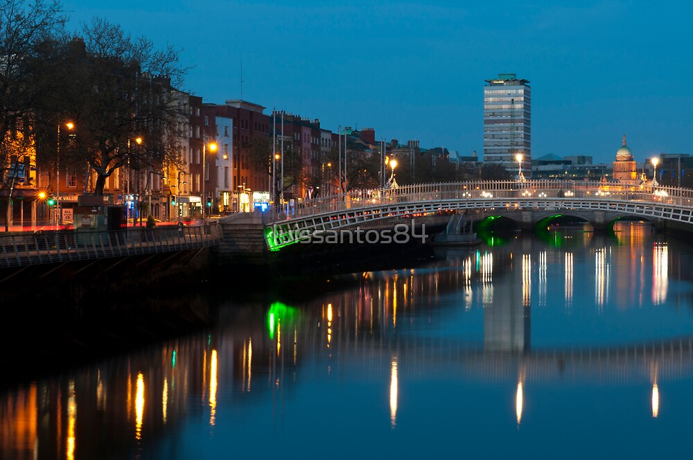 Dublin at night by luissantos84