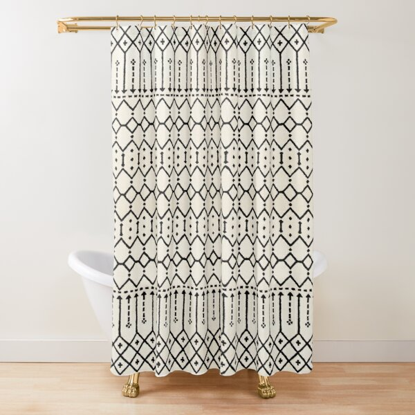 Farmhouse B&W Traditional Moroccan Style Pattern Shower Curtain