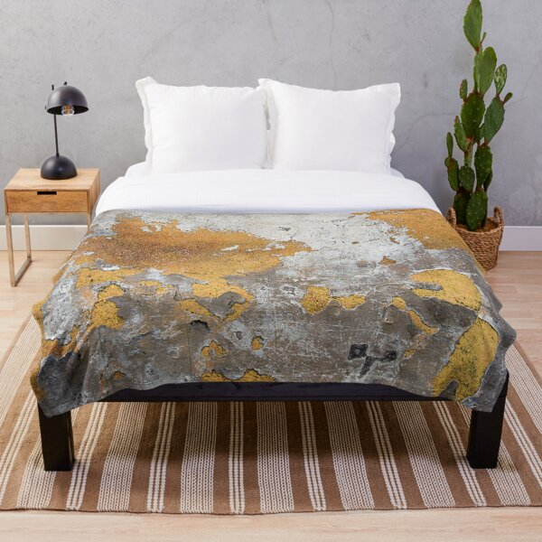 Metalfoil Gold Glamour on Gray Concrete Wall Throw Blanket