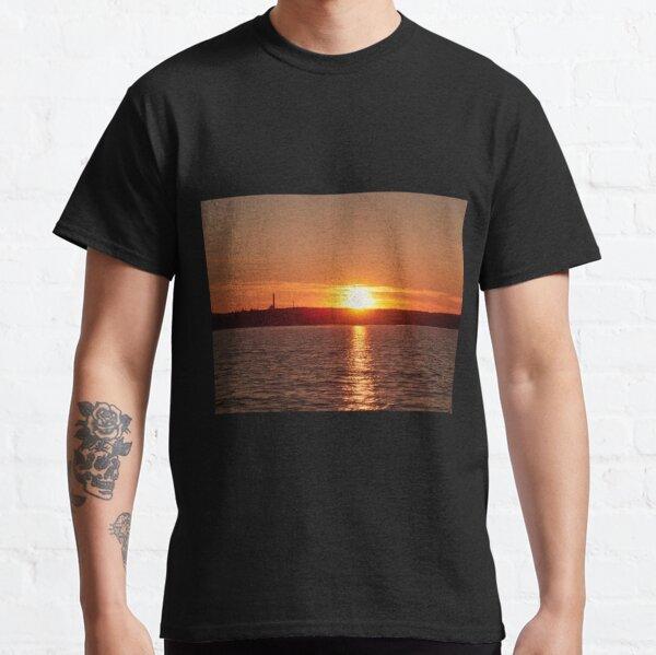 Nokia skyline at sunset Classic T-Shirt