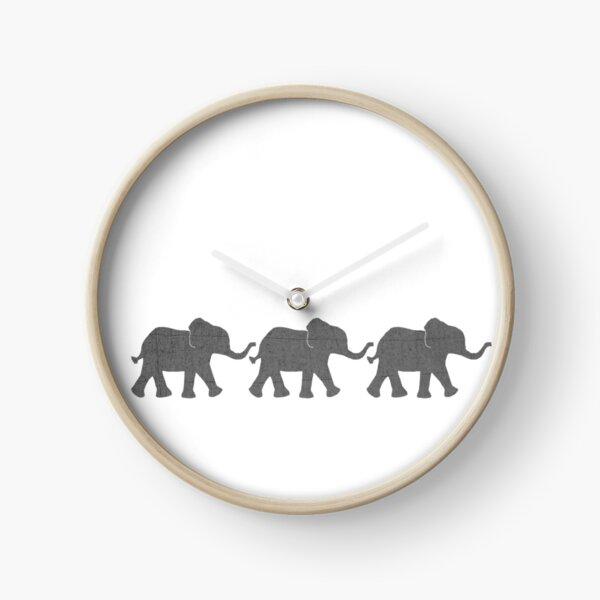 Three Elephants Clock