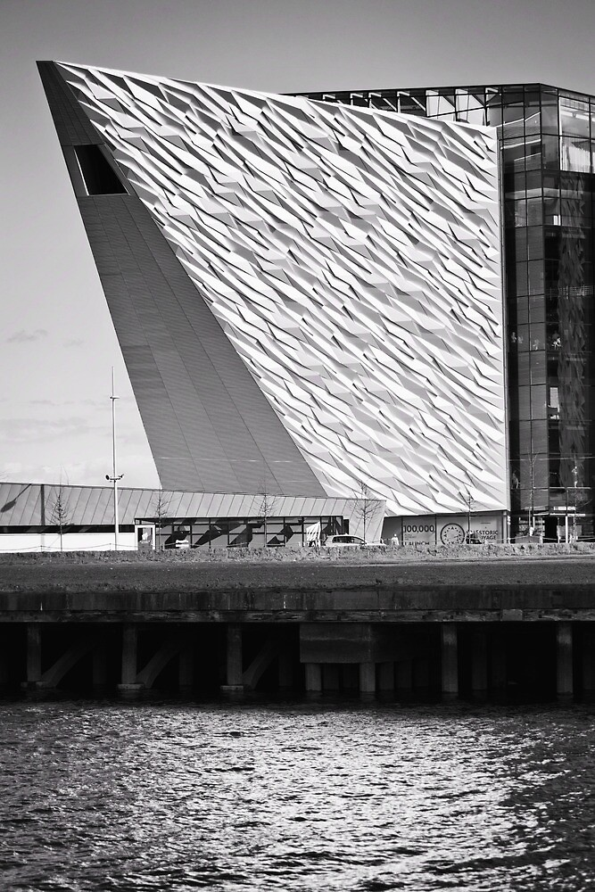 Titanic Series No15. The Titanic Belfast by Chris Cardwell