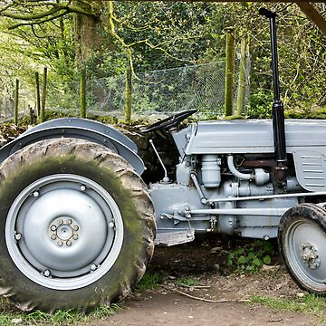 Our Good Old Tractor by marcogolfo