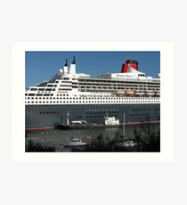 Queen Mary 2 in Sydney Art Print