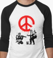 Banksy - Soldiers Painting Peace (CND Soldiers) Men's Baseball ¾ T-Shirt