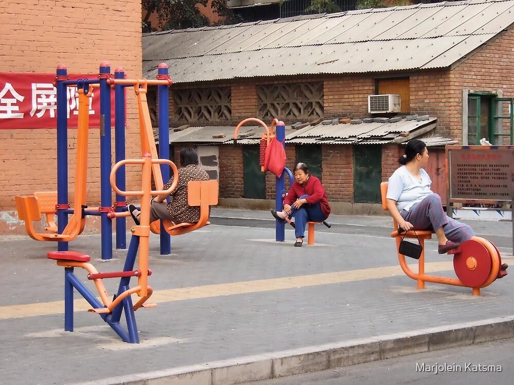 Beijing 2006 - Workout or hangout by Marjolein Katsma