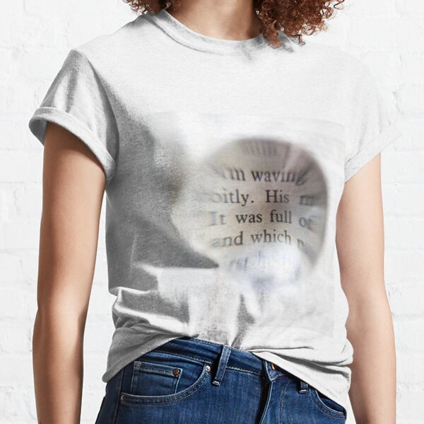 Text on the ball Classic T-Shirt