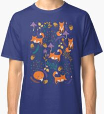 Foxes in the magic forest Classic T-Shirt