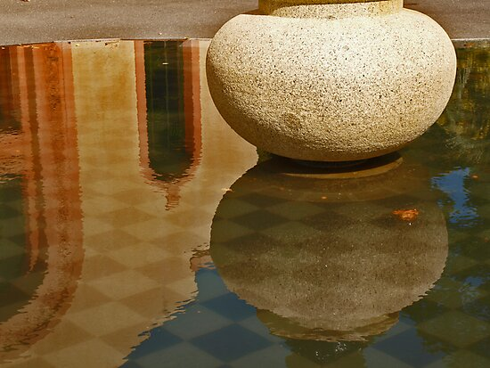 Stone Reflection by kalaryder