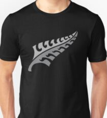 Jagged irregular trendy Silver fern New Zealand symbol Unisex T-Shirt