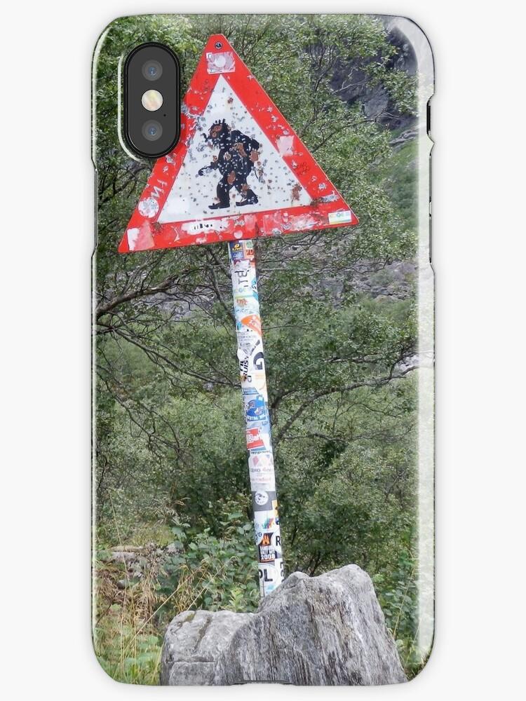 Warning! Crossing Trolls by Mette98