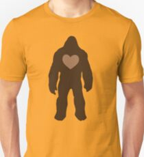 I heart Bigfoot Unisex T-Shirt