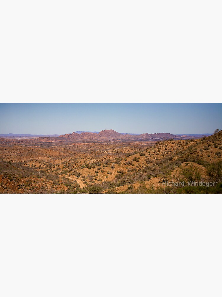 Wilpena Pound by RICHARDW