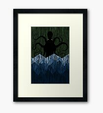 Cthulhu's sea of madness - Green Framed Print