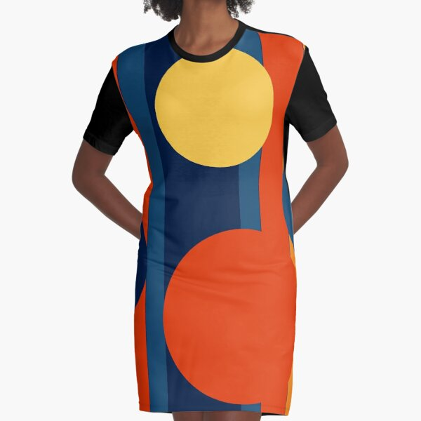Retro Circles and Stripes Graphic T-Shirt Dress