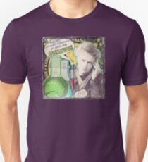 Popular Science: M. Curie (French) distressed T-Shirt