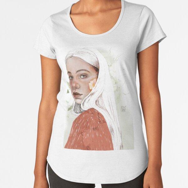 SPRING Premium Scoop T-Shirt