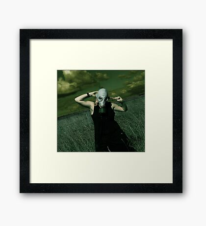 No-one there to hear me scream Framed Print