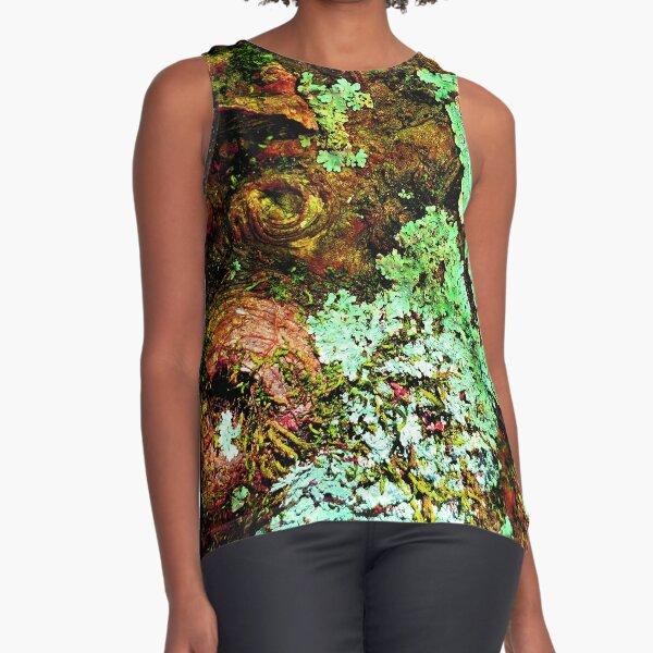I lichen you 2! Classy Camo Sleeveless Top