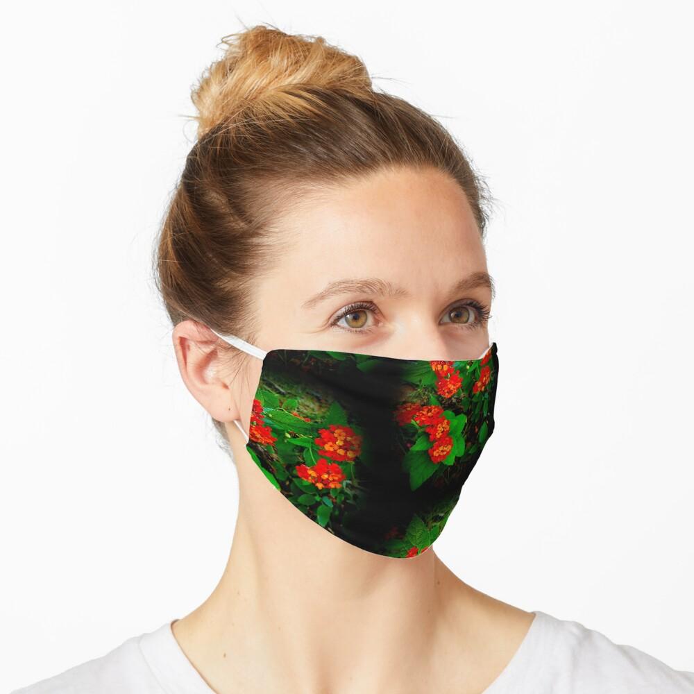 Red Latana Mask